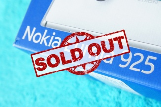 Lumia 925 sold out